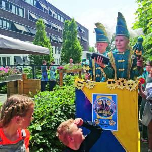 Nutsschool zomercarnaval bij Molenkamp