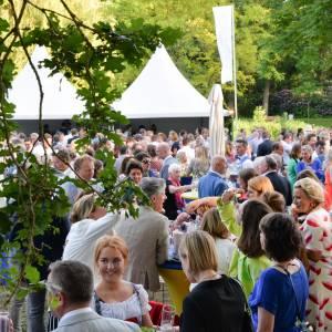 Haringparty Lionsclub Oldenzaal brengt 22.000 Euro op
