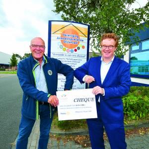 Rotaryclub Oldenzaal doneert aan Stichting Leergeld