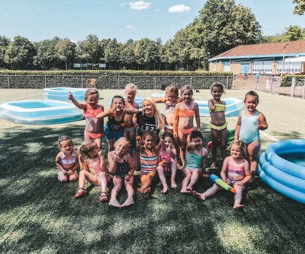 VV Oldenzaal: Dansen op het voetbalveld